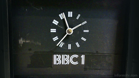 The mechanical analogue clock that was once the state of the art in programme presentation now features as an echo of the past on the test version of the new BBC home page.