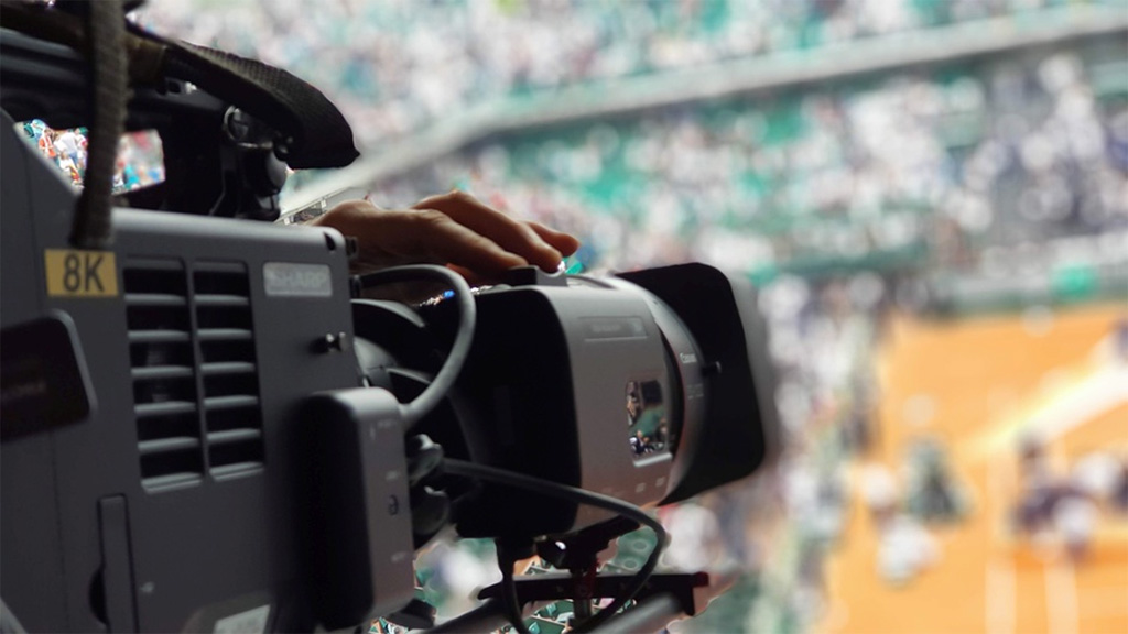 8K coverage of the French Open